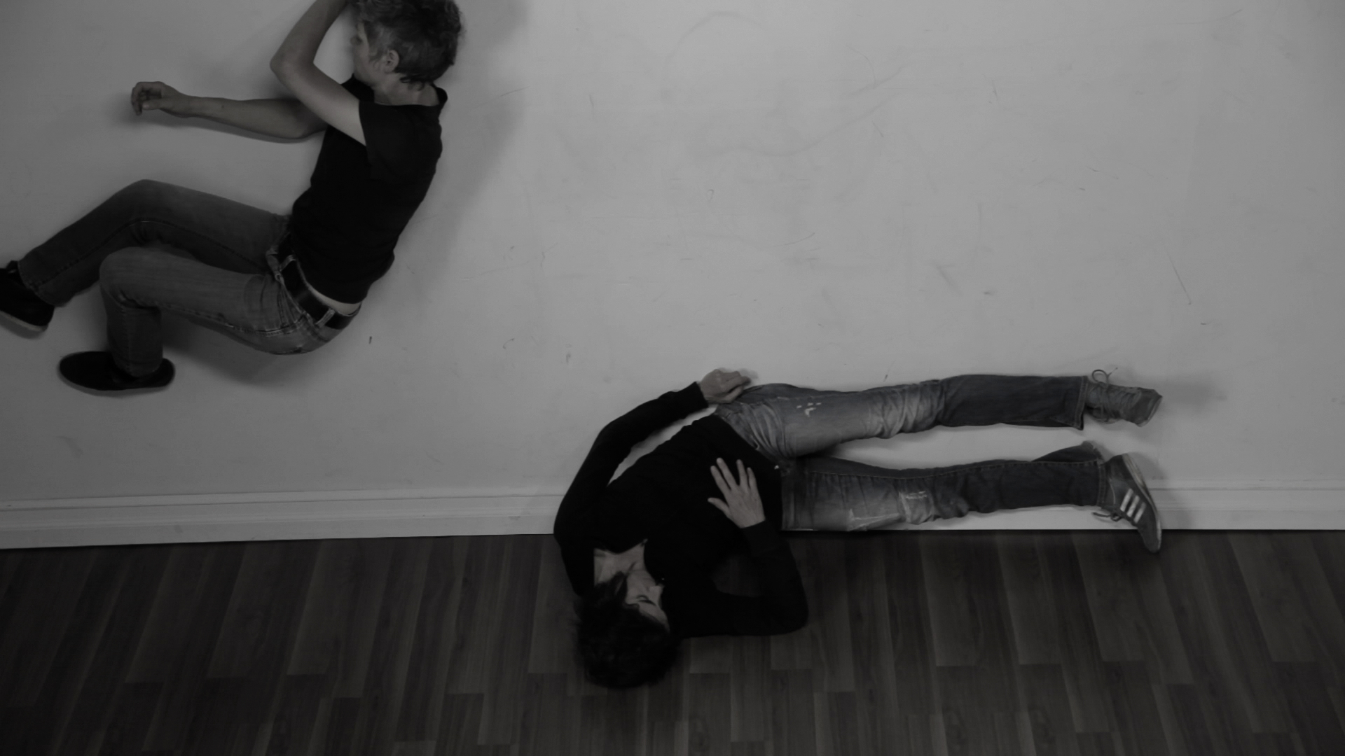 Nik Forrest,  Flip / Bend (Parts 1) , 2012, film, Photo: courtesy of the artist and Groupe Intervention Vidéo