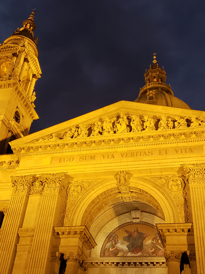 "St. Stephen's Basilica. This is Latin for ""I am the way the truth and the life"""