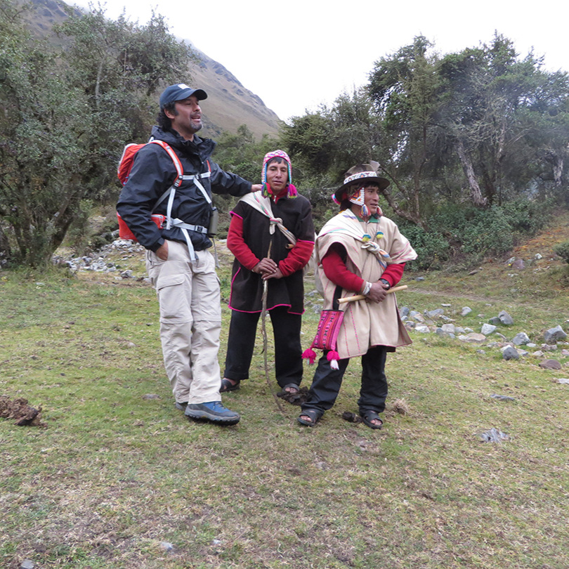 Pepe (who's average height) beside the Quechuan men who went with us to Humantay Lake