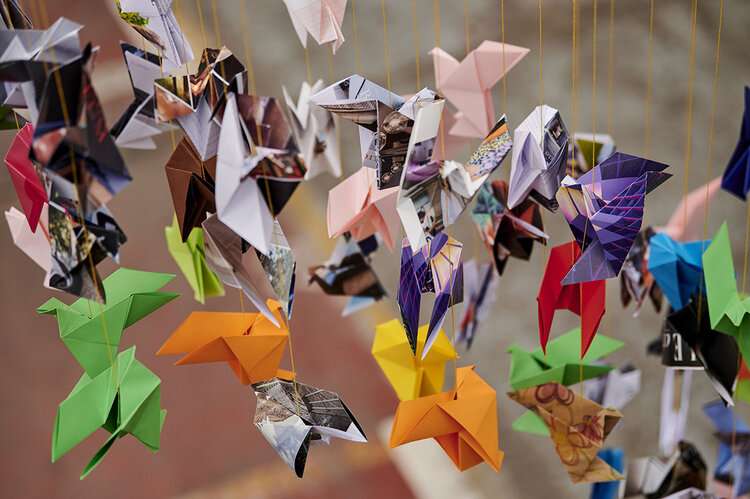 Folding 5 Pointed Origami Star Christmas Ornaments | 499x750