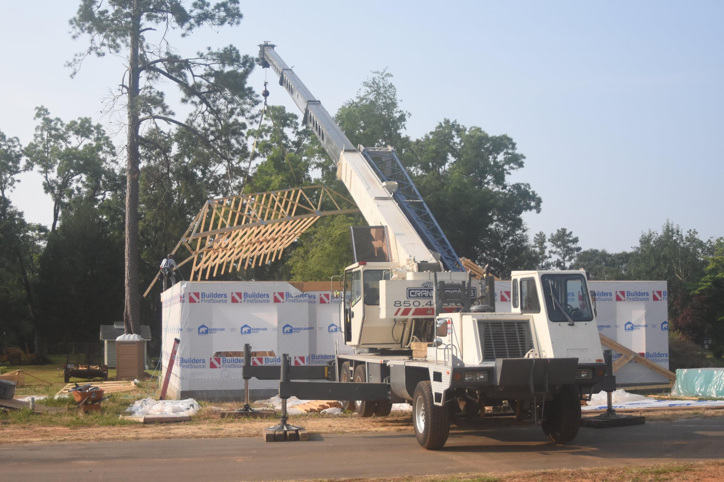 boom truck rental for truss setting 40 ton off rear.JPG