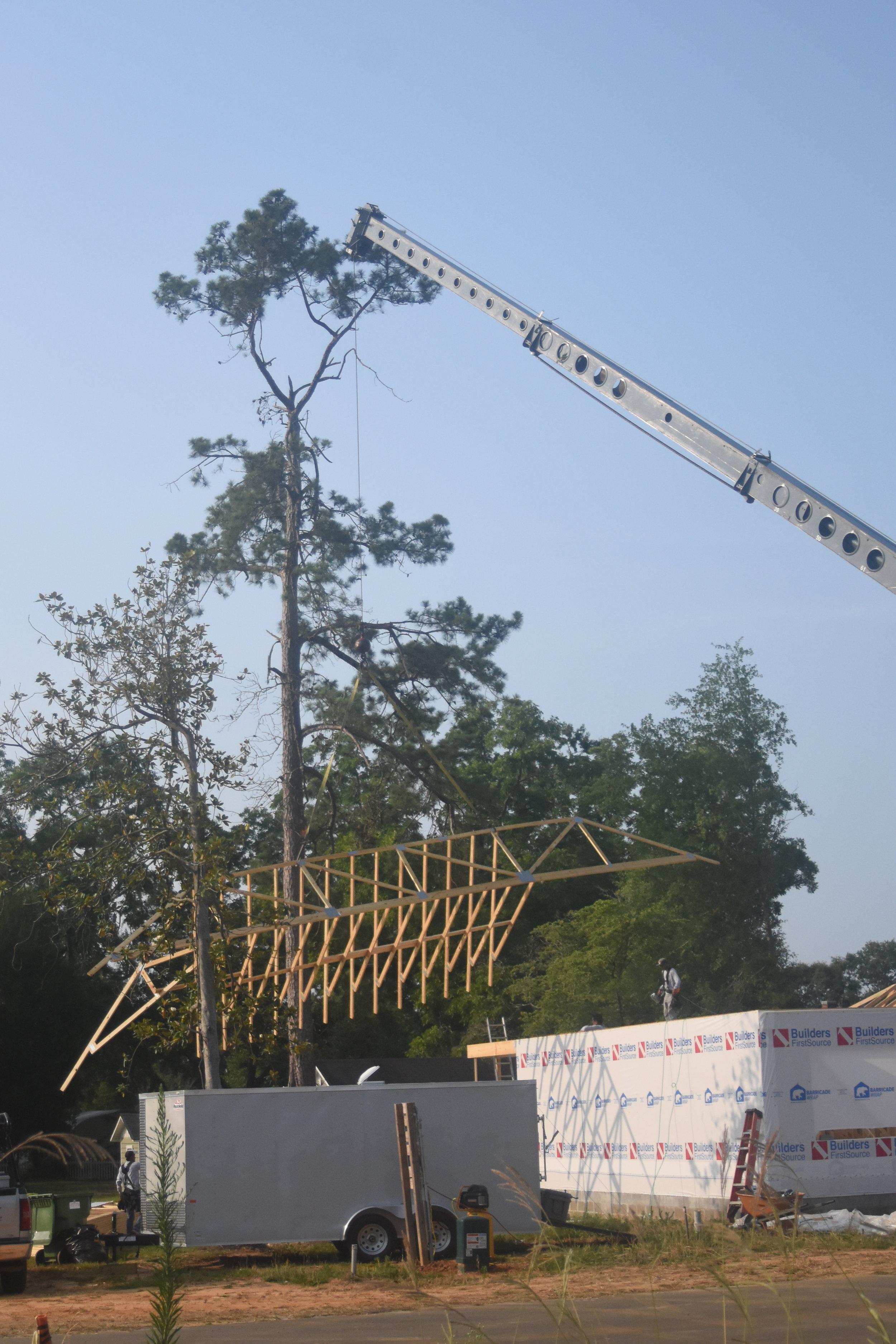 terex mobile crane for rent lifting trusses.JPG