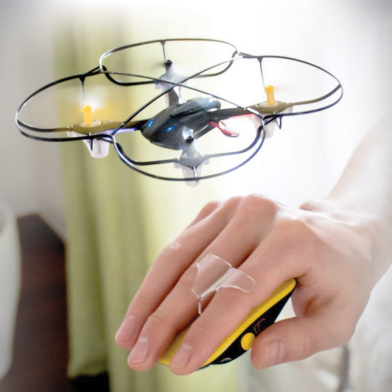 MOTION CONTROL DRONE -