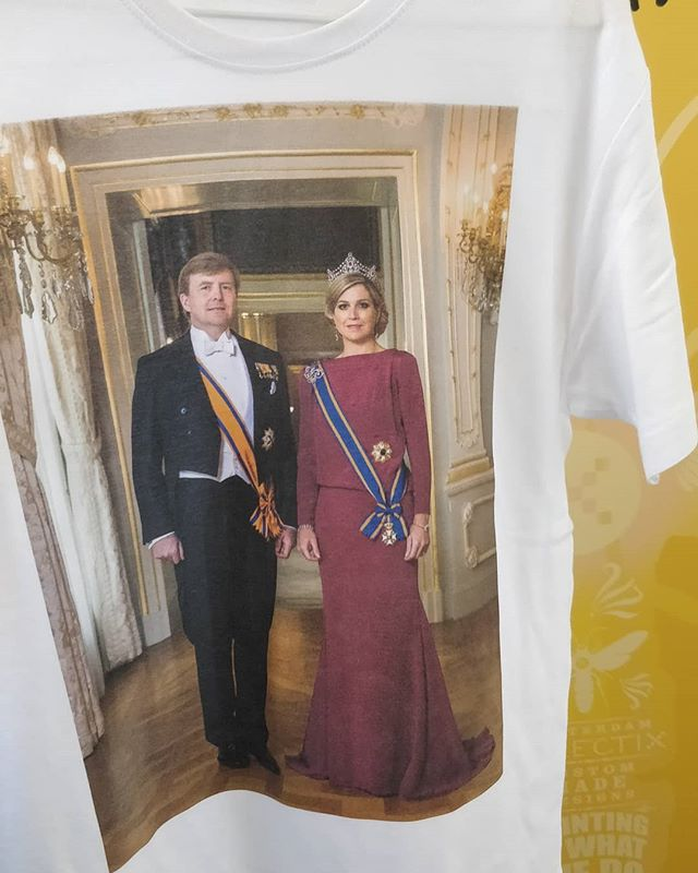 The King and Queen 👑. Printed with our new #DTG printer. Get your image printed in high res by DTG now! #printingiswhatwedo #printing #Eclectix #King #Nl #willemalexander