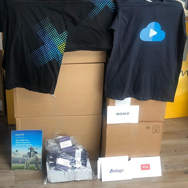 Just delivered #tshirts,#books,#badges, #logoboards#happycustomer #intertrust#printingiswhatwedo #totalepackage