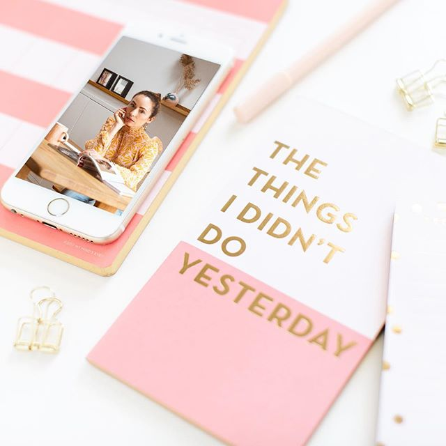 The things I didn't do yesterday! . I didn't finish working on my freebie for my website, I didn't get around to writing that that blog post, I didn't post on Instagram, I didn't, I didn't, I didn't. The list goes on! . Okay so I didn't get everything done that I wanted to, but I guess I have to be okay with that. I feel like we are constantly pushing ourselves to do more than we are capable of. Especially as independent business owners. I mean I'm a one woman show and I can only do so much on my own. And until I'm ready to outsource I'm doing everything all by myself. . Double tap if you feel the same way! 🙌🏻🙌🏻 . I just want to remind you to just do what you can. And of course push yourself, but be sure to take some self care. If we stress out too much it's hard on the body. And your health is most important. 💓 . Here's a tip: Take some time to jot down a list of the 3 most important things that you need to accomplish today. After that, if you don't get around to the other items, then tackle them tomorrow. Thank god there's a tomorrow! 🙏🏻 . Here's to enjoying that entrepreneurial life! 🥂 . . . . #entrepreneurlife #brandingwithjess #bosslife #girlbosslife #personalbrandingstockholm #stockholmphotographer #jessicahanlon #lifestylephotography #pink #brandyourbusiness #entrepreneur #bossbabemindset #accomplishinggoals #makeithappen #theresalwaystomorrow #stylinginspiration #businesstipsforcreatives #mindsetiseverything