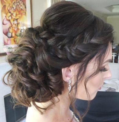 1522768739-b70bbfa84572fcec-1522768738-a09ff0da29da1681-1522768753216-2-wedding-hairstyle-.jpg