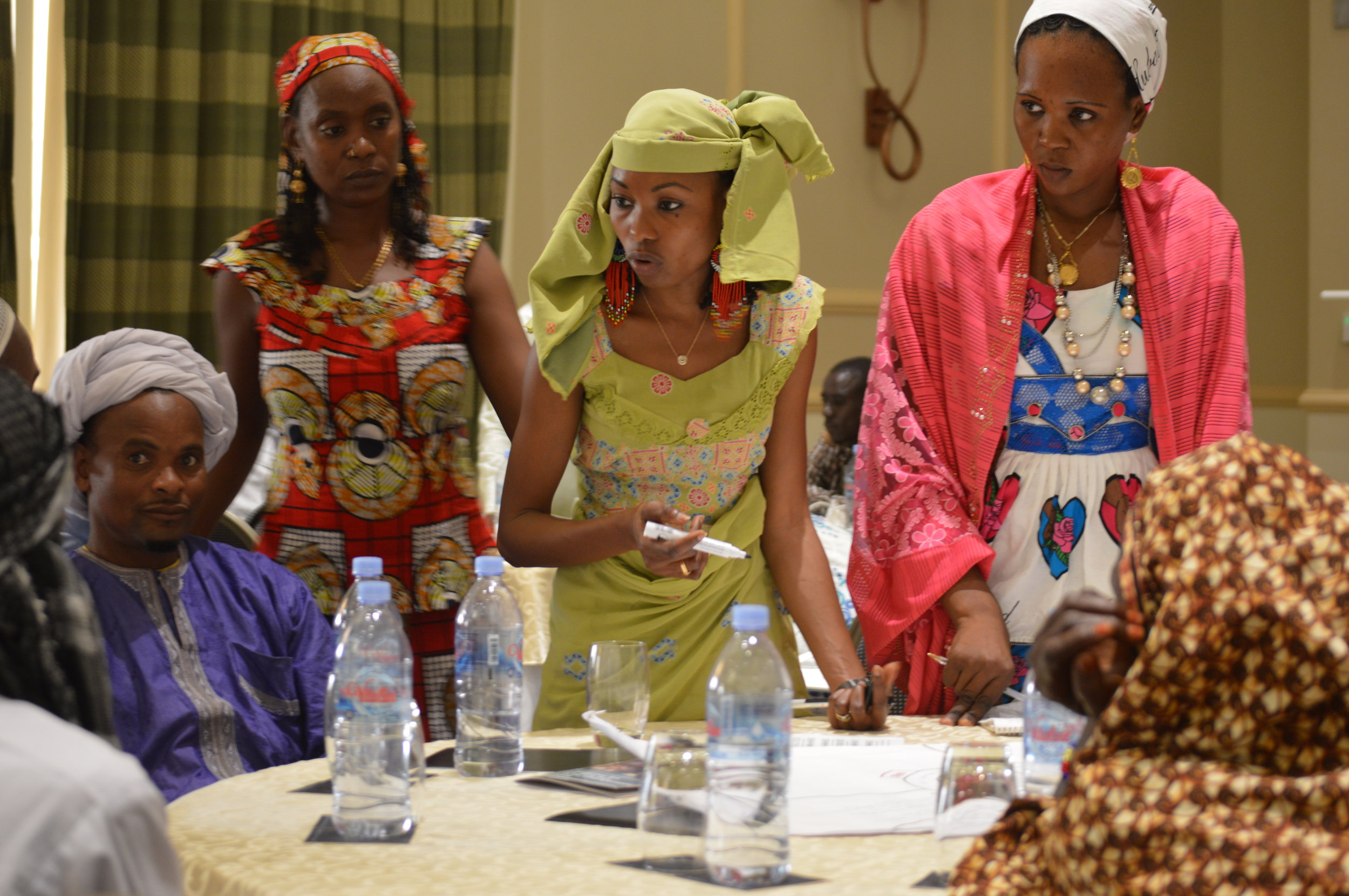 Hindou Ibrahim leading a workshop in Ndjaména, Chad discussing climate adaptation and traditional ecological knowledge.