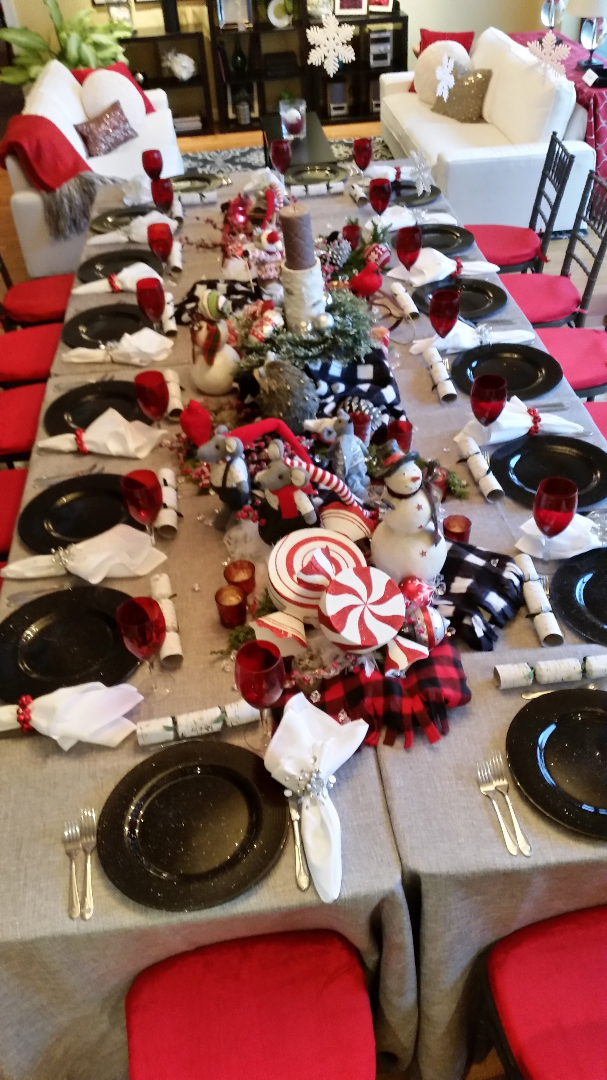 avalon-caterers-avalon's holiday table.jpg