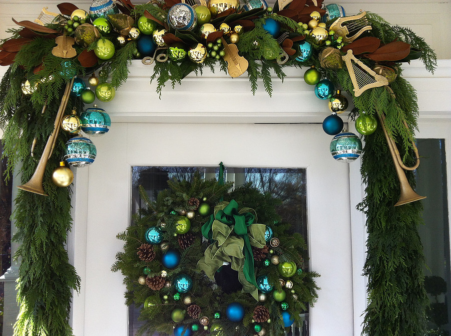 Christmas door garland.jpg