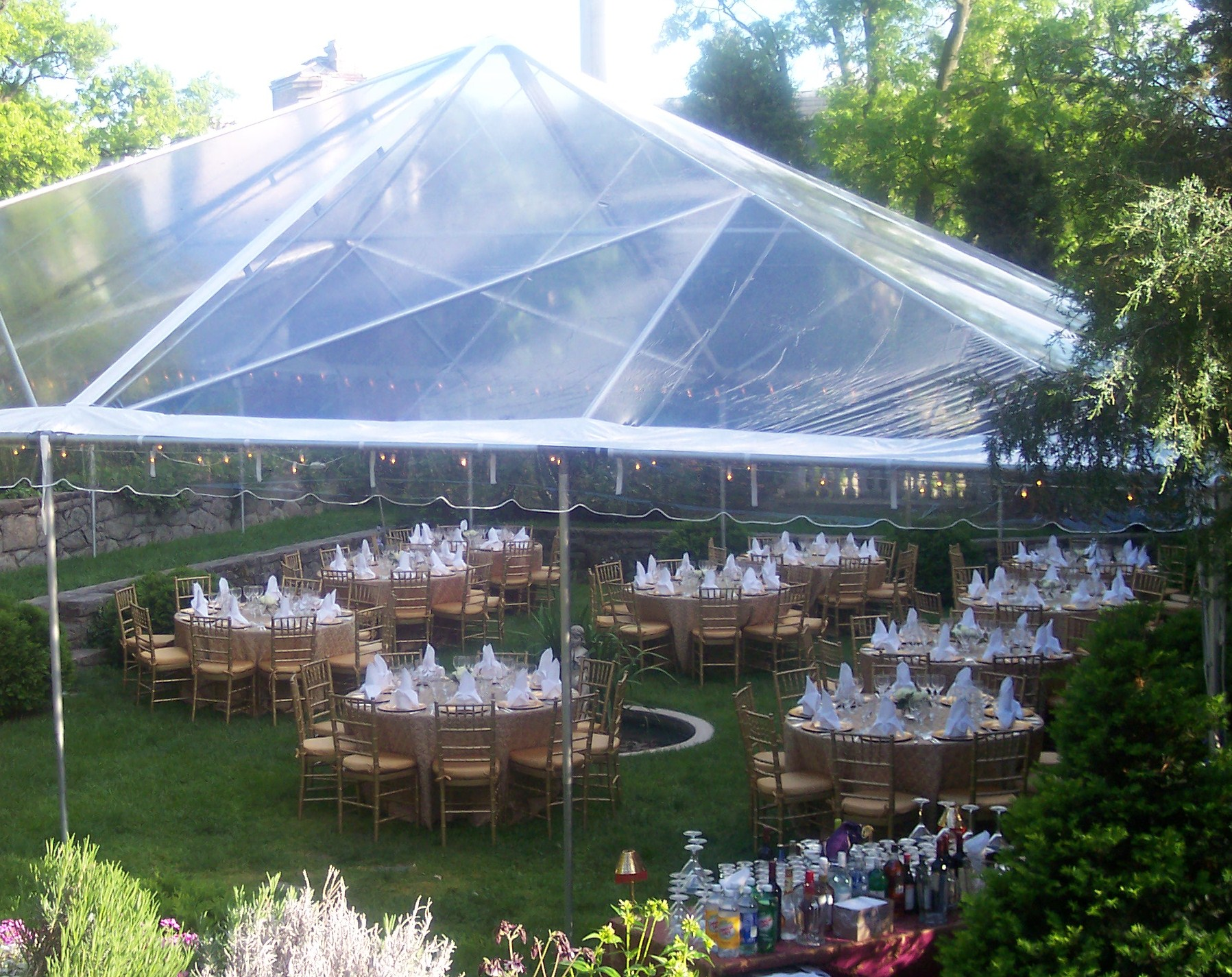 avalon-caterers-clear tent ww house.jpg