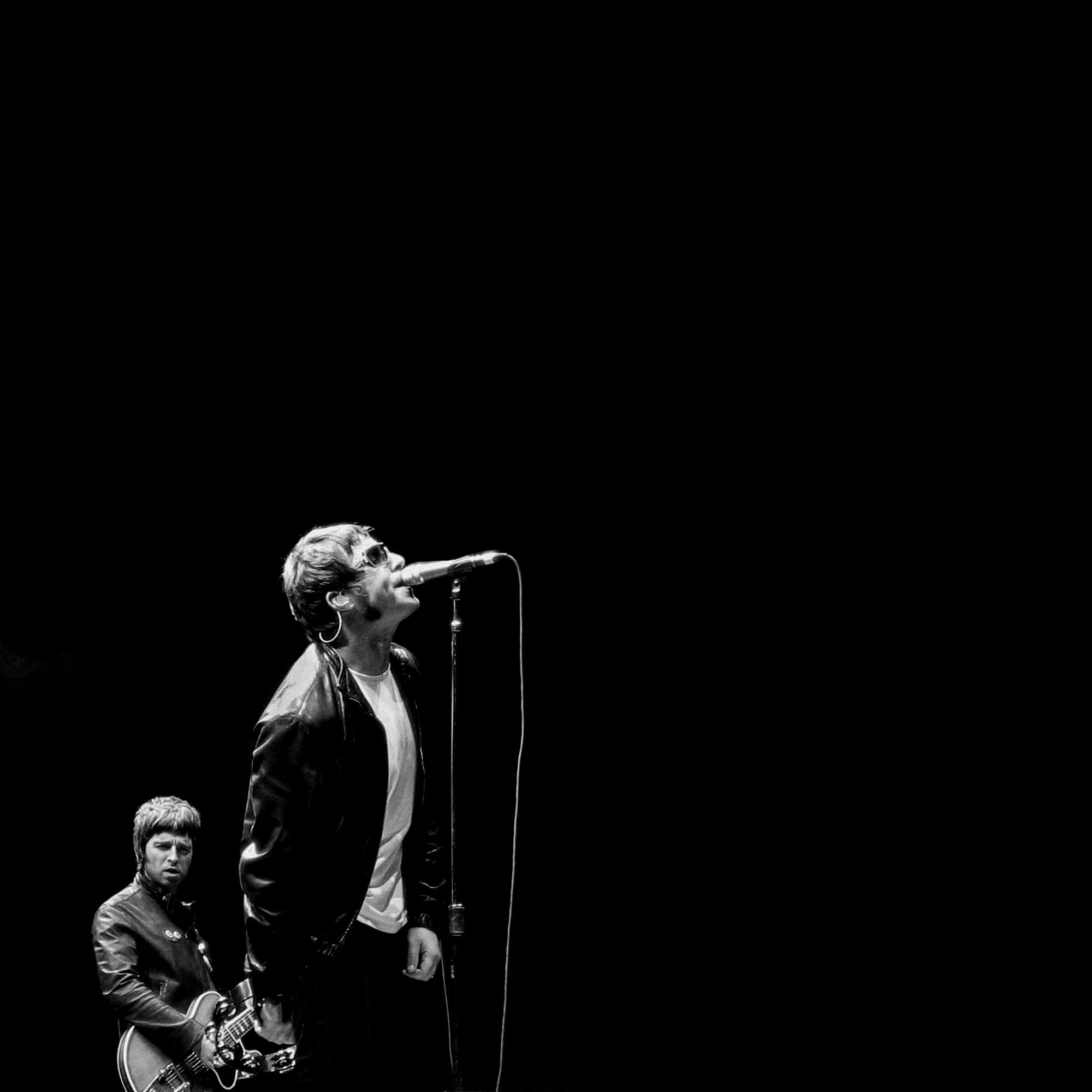 Lisa-Mark-Toronto-Music-Photographer-75-Oasis-2005.jpg