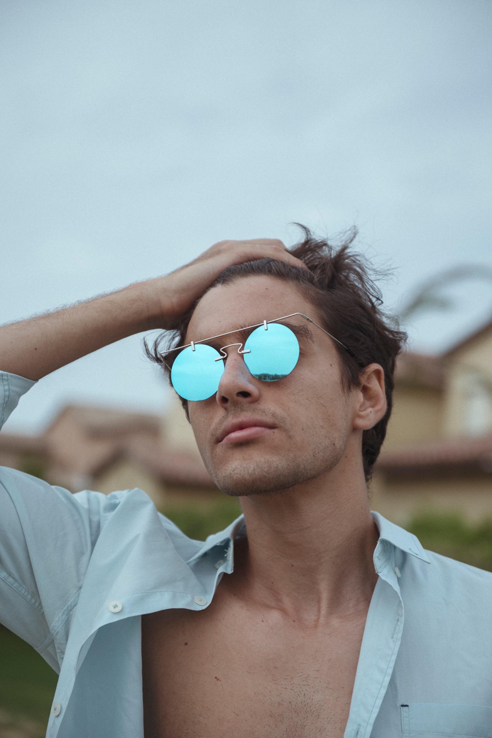 Photography: Adel and Henar | Photo: Courtesy of  Blues Eyewear  | Instagram:  BluesEyewear  | Facebook: Blues