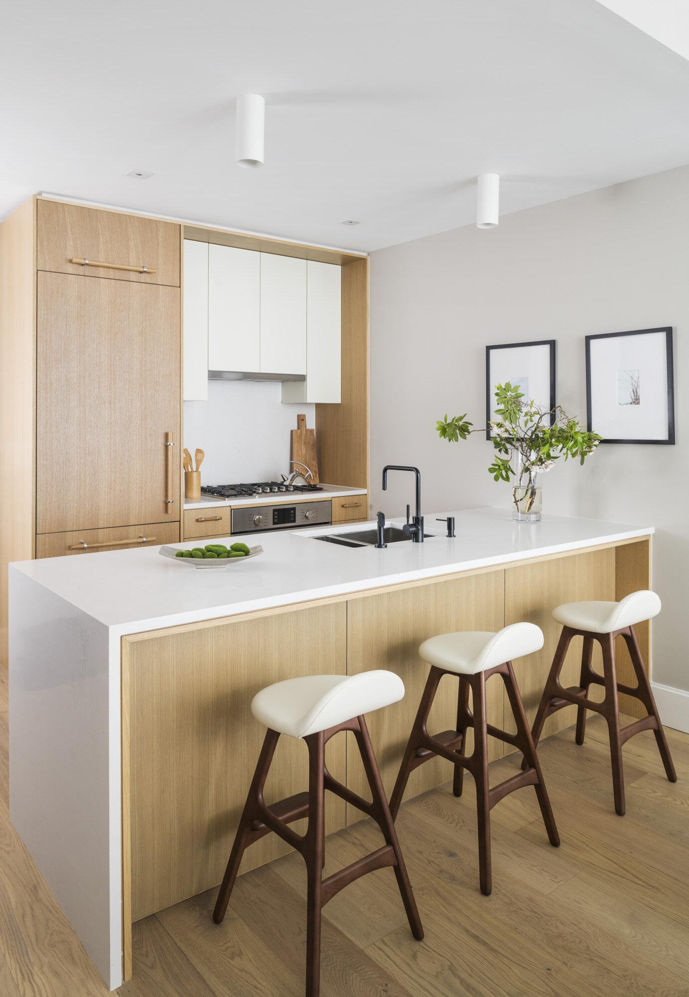Galerie 1 bedroom kitchen.jpg