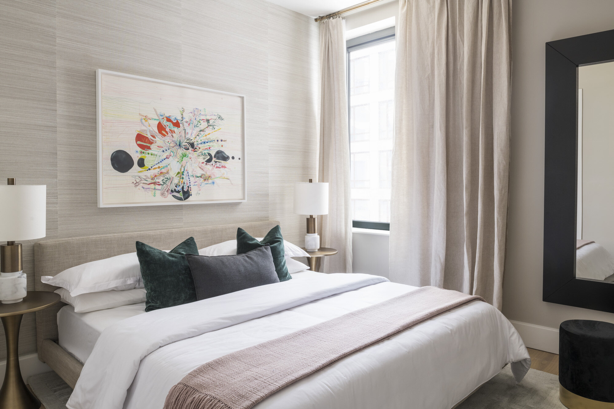 Galerie 1 bedroom master.jpg