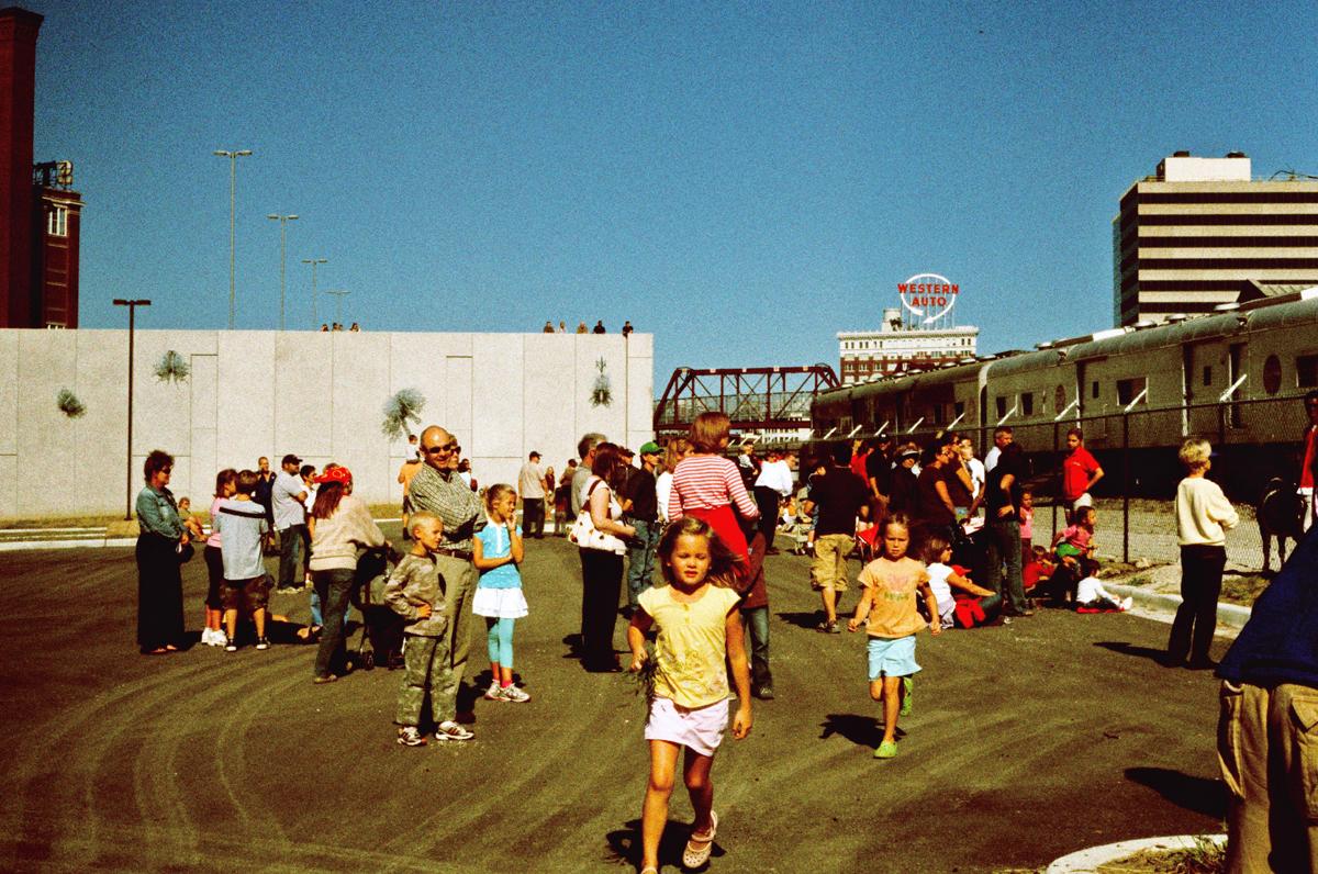 circus parade series 2009 sabrina staires 008_11.jpg