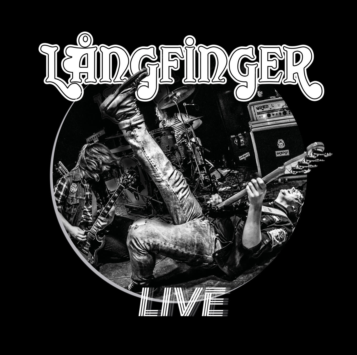 LIVE - The ultimate snapshot of Långfinger in all its glory. Out on May 24 2019 on Beduin and Sound Pollution.Limited to 200 copies on orange 180g vinyl.