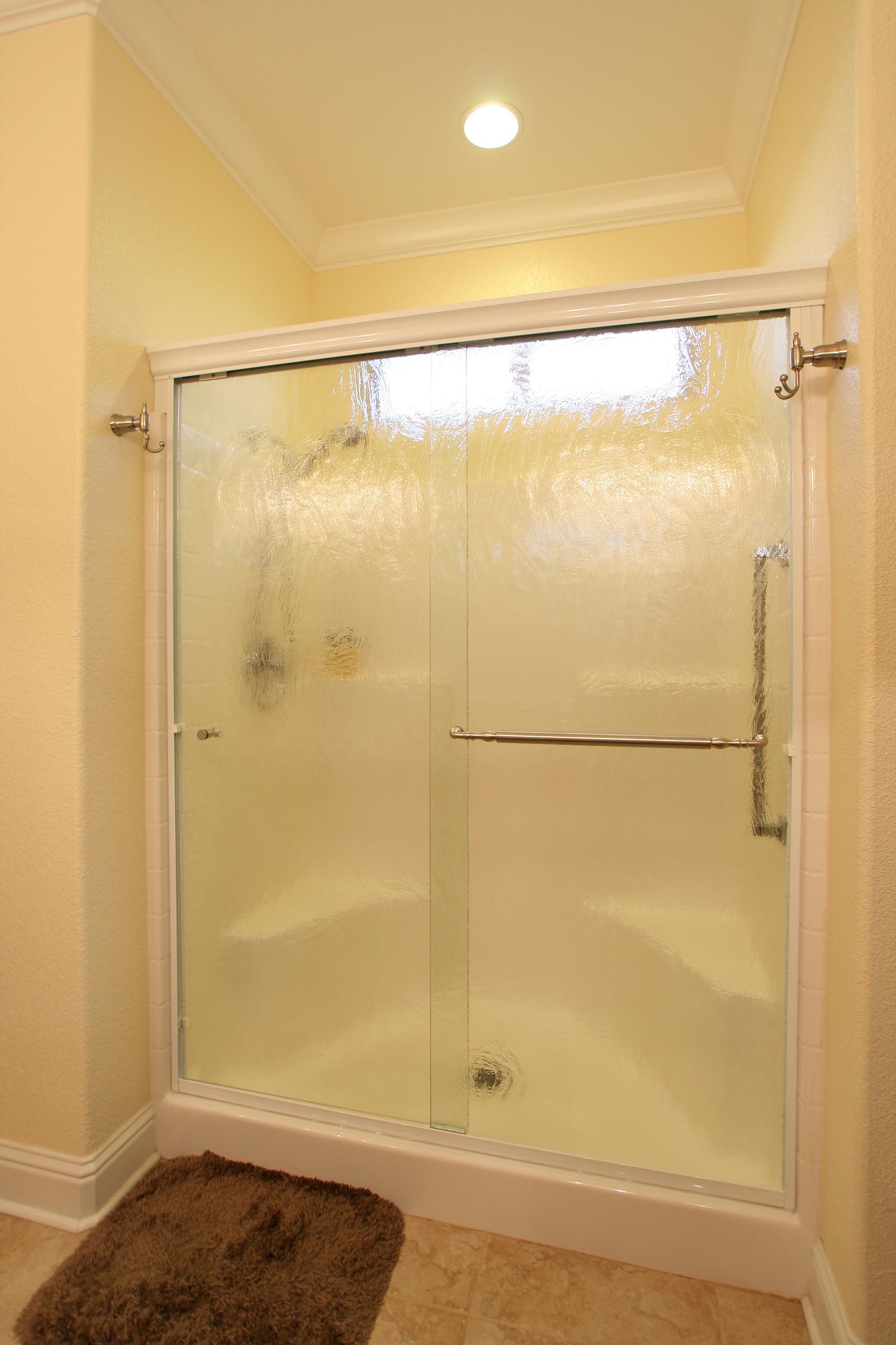 semi-frameless-shower-slide-2.jpg
