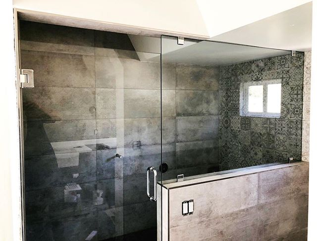 Look at this beauty! Another fabulous install by our guys here at Sea Breeze Glass. Call us today to schedule your custom shower measure!  #customshower #frameless #showerenclosure #glasswizard #sandiego #sandiegoconstruction #bathroomremodel