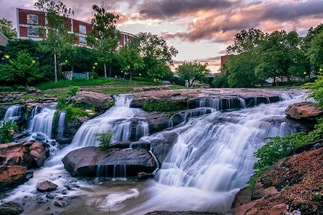 How fantastic would your life be if you lived in a #city that had a #waterfall #downtown? The answer is frickin' fantastic.