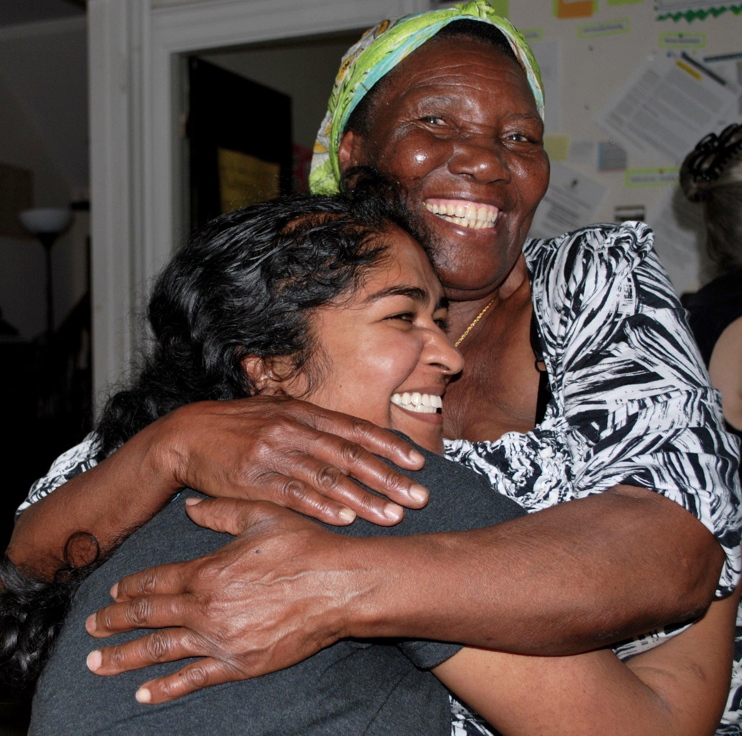 DSC_0412 big hug.jpg