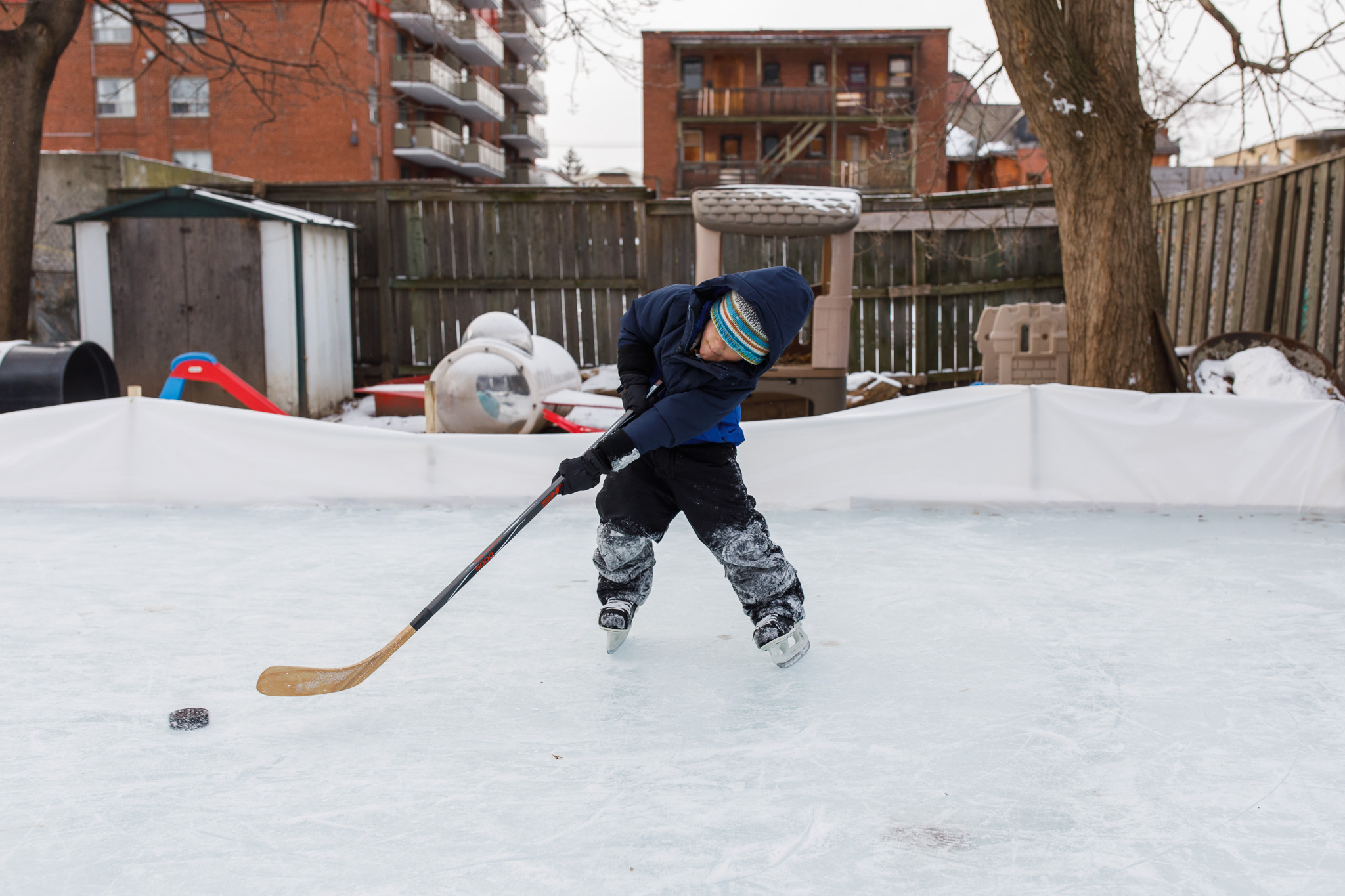 Hamilton backyard ice rink family session