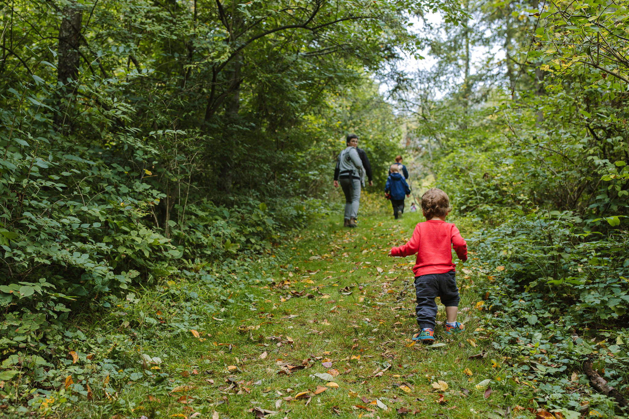 Hiking with Theo and his family web-17.jpg
