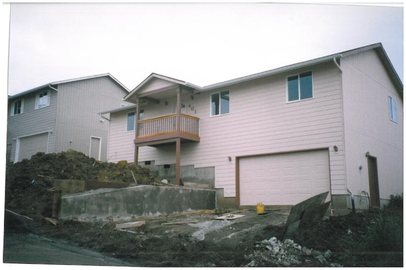 14-housefront.jpg