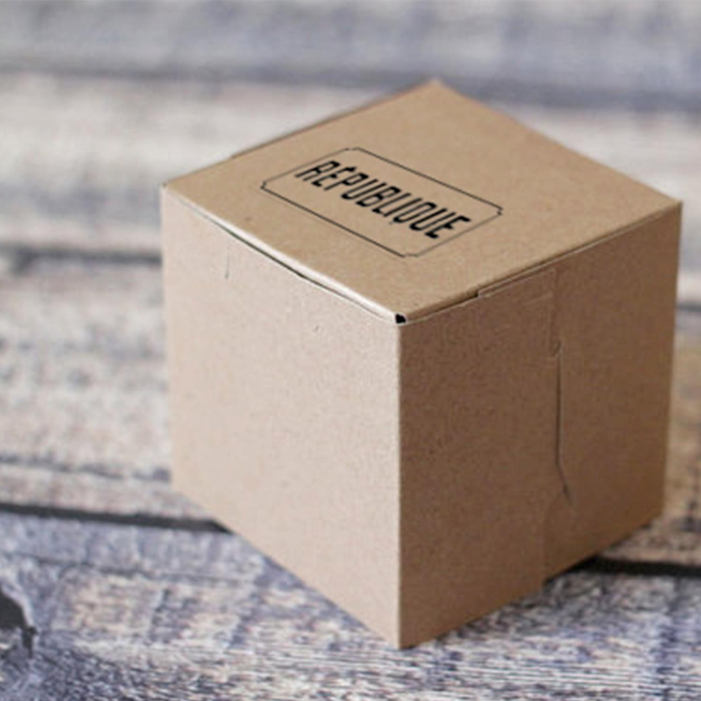 Republique_Box_Packaging.png