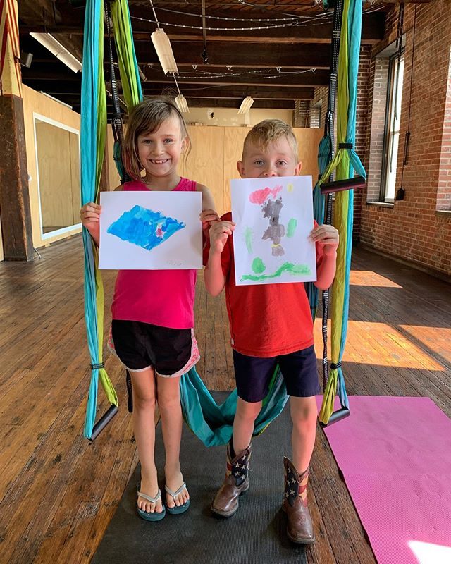 DYNAMIC DUO Kids Yoga Trapeze was so special and fun!! —— Kids and their Guardian stretched into their Superhero bodies, practiced cool superhero moves like Batman, Wonder Woman, Black Panther, Flash and more. Closing with a DOUBLE cocoon to rest and painted watercolor emblems. —— It was an honor to hold this space, form a great partnership with @completeharmonystl Melissa and there will be more Kids Yoga Trapeze to come! —— 🦸♀️🦸🏽♂️🦸🏻♀️🦸🏼♂️🦸🏼♀️ #superhero #yogatrapezestl #dynamicduo #completeharmonystl #yogatrapeze #kidsyogatrapeze