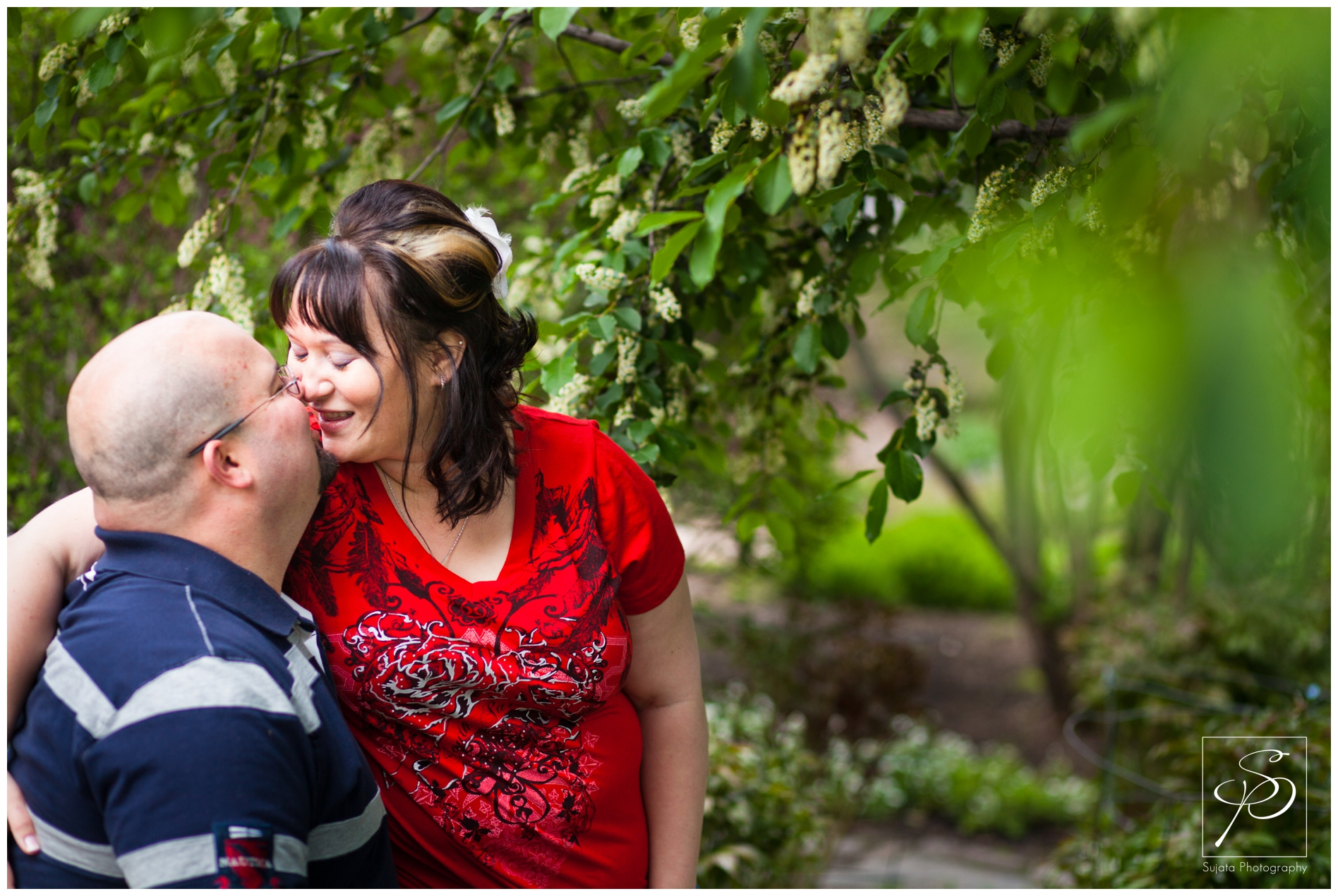 Calgary_zoo_inglewood_engagement_photographer_photo_0002.jpg