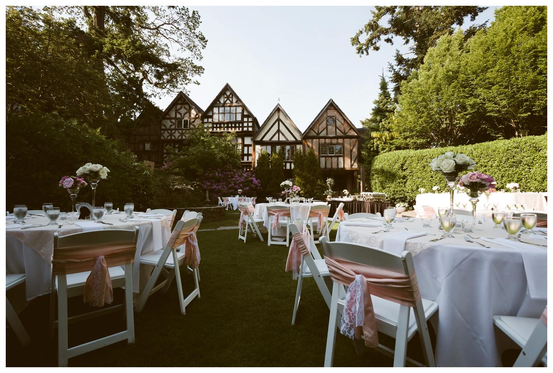 Outdoor Garden wedding at the English Inn on Vancouver Island