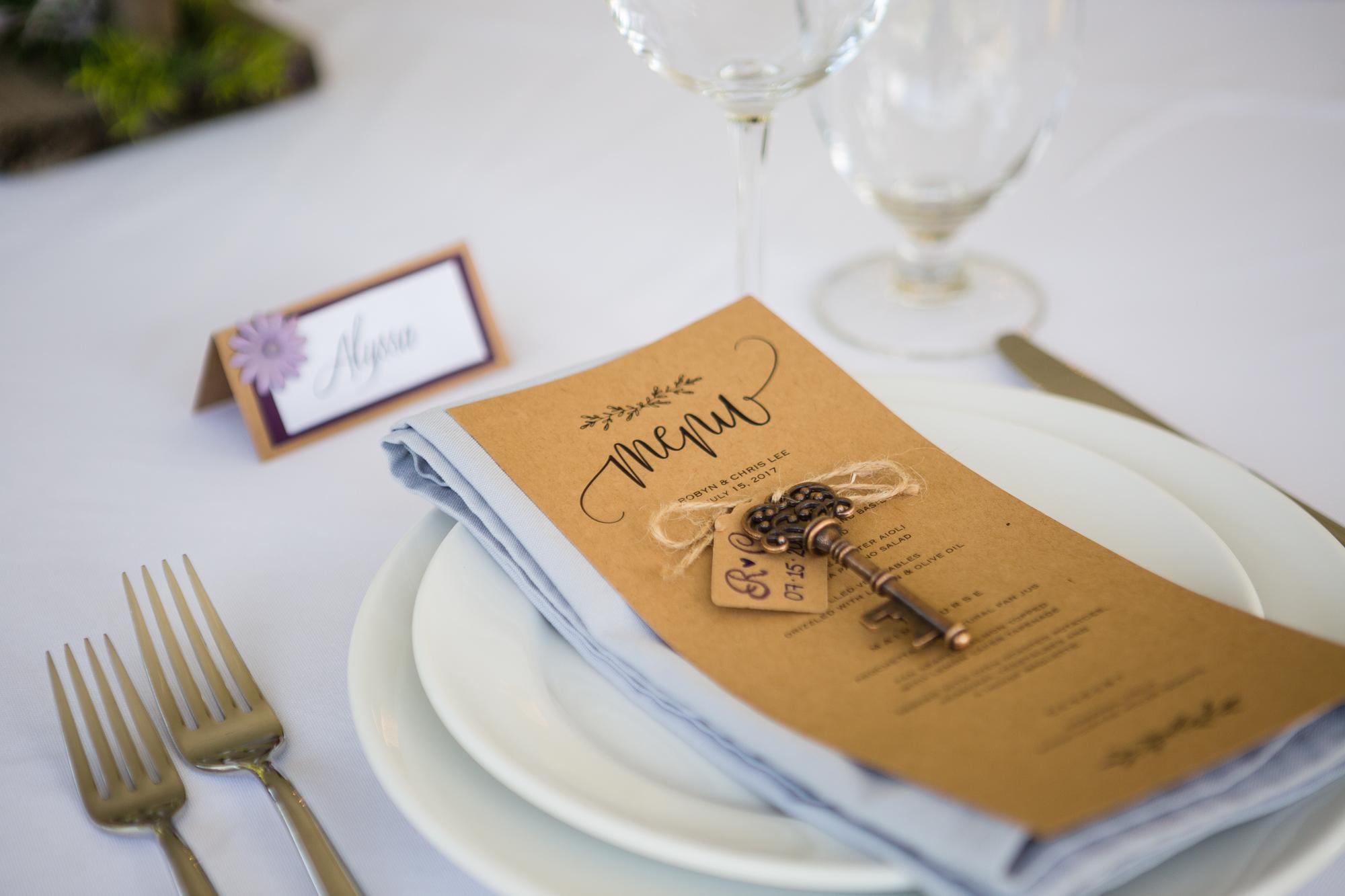 table setting tofino wedding