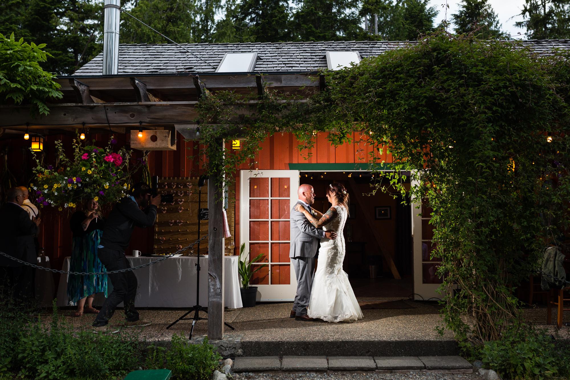 Tofino-Wedding-Photographer-1036.jpg