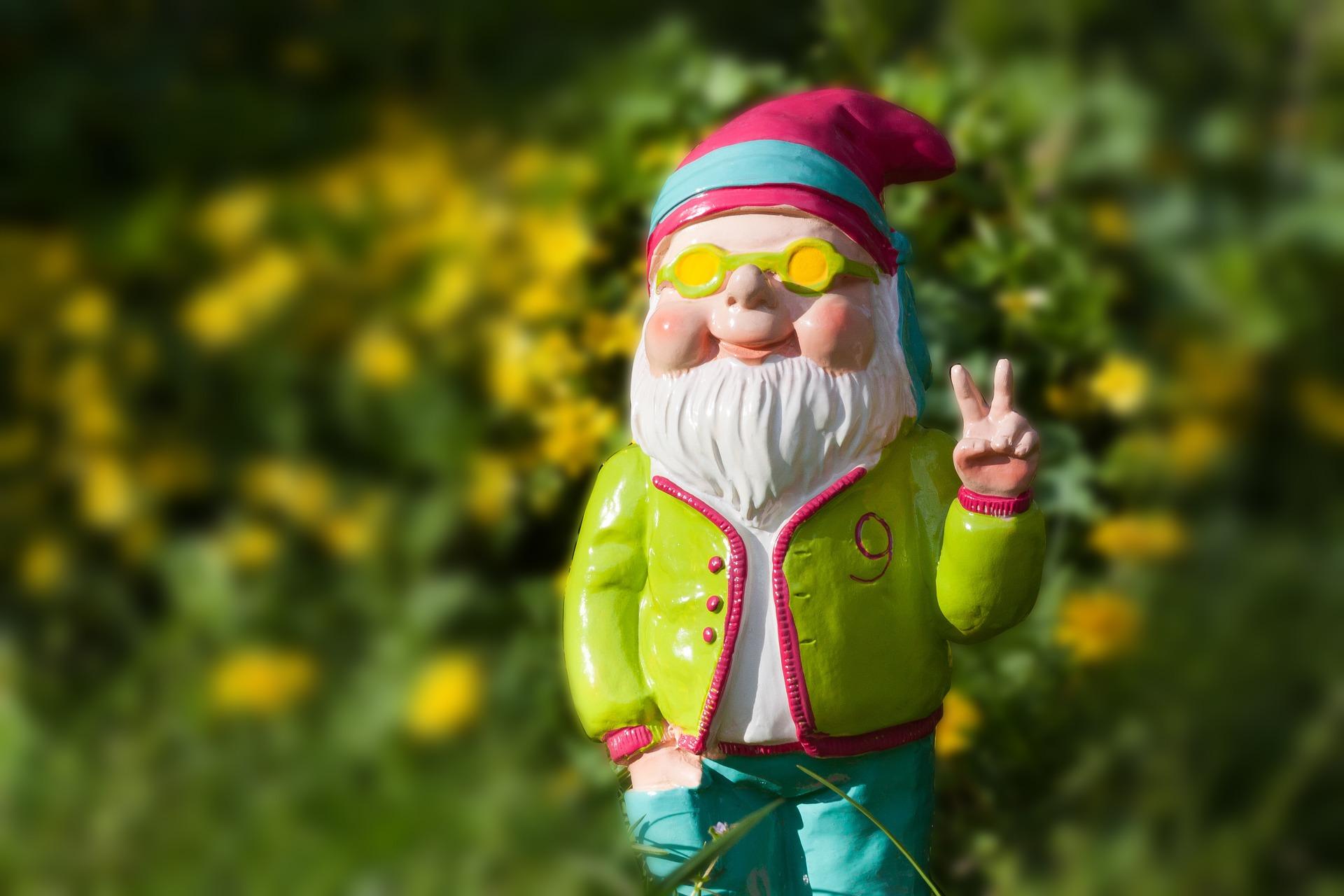 dwarf-1336495_1920.jpg