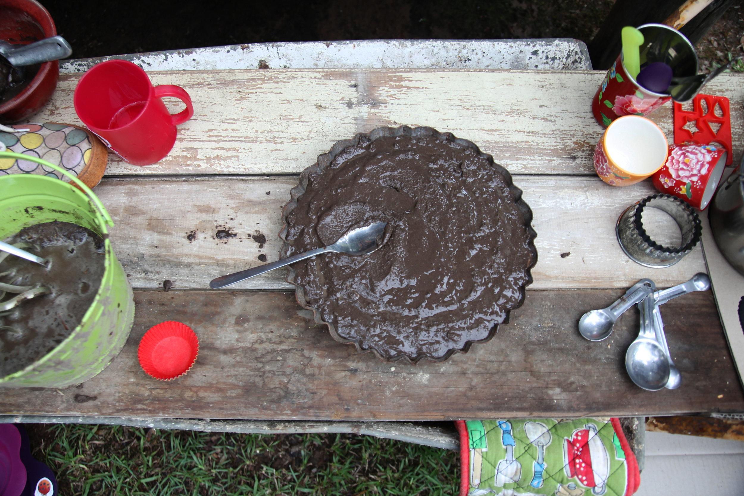 18 kitchen cake.jpg
