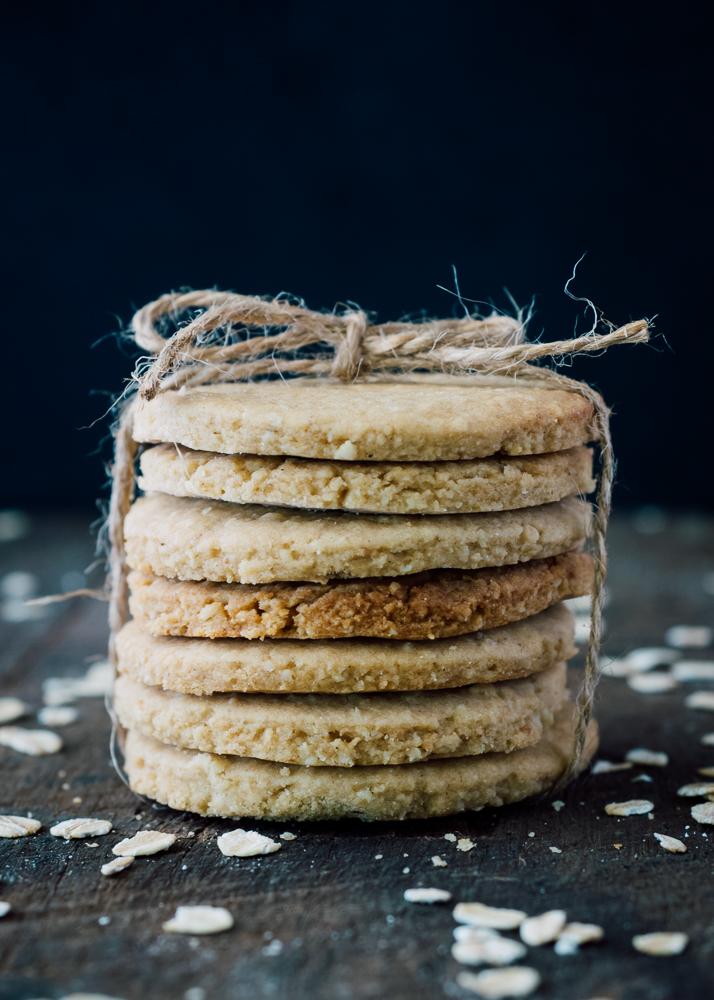oatmeal biscuits.jpg