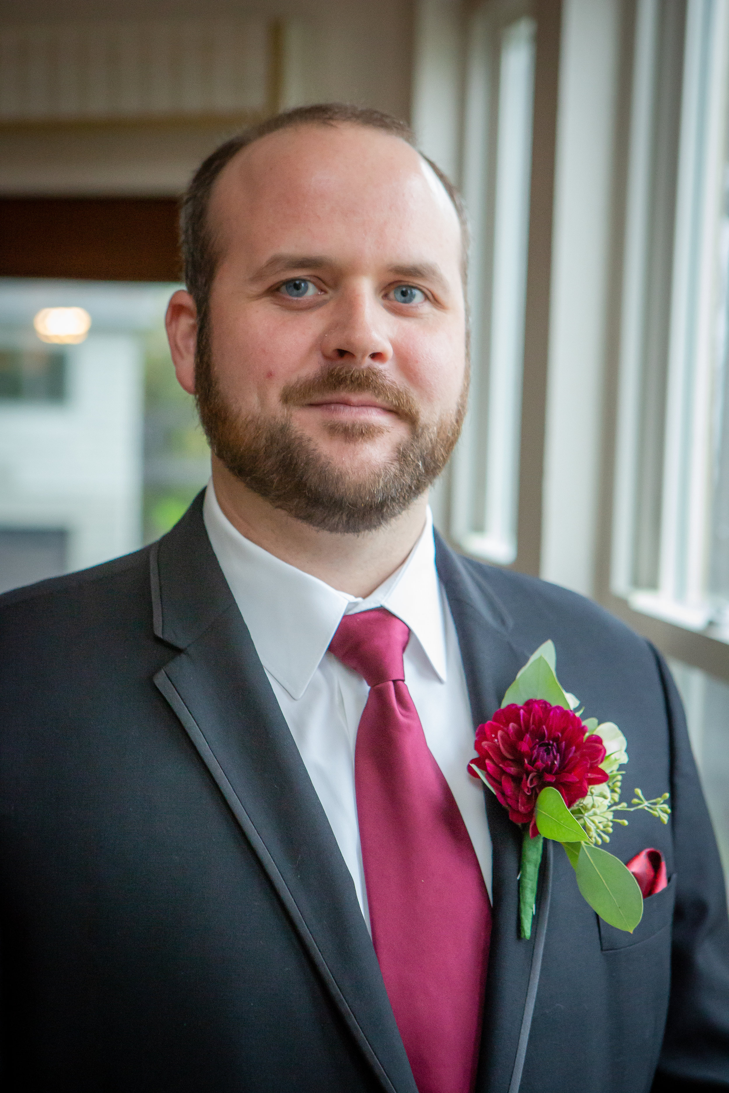 Wedding photo-groom's portrait