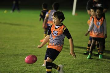Little kid kicking.png