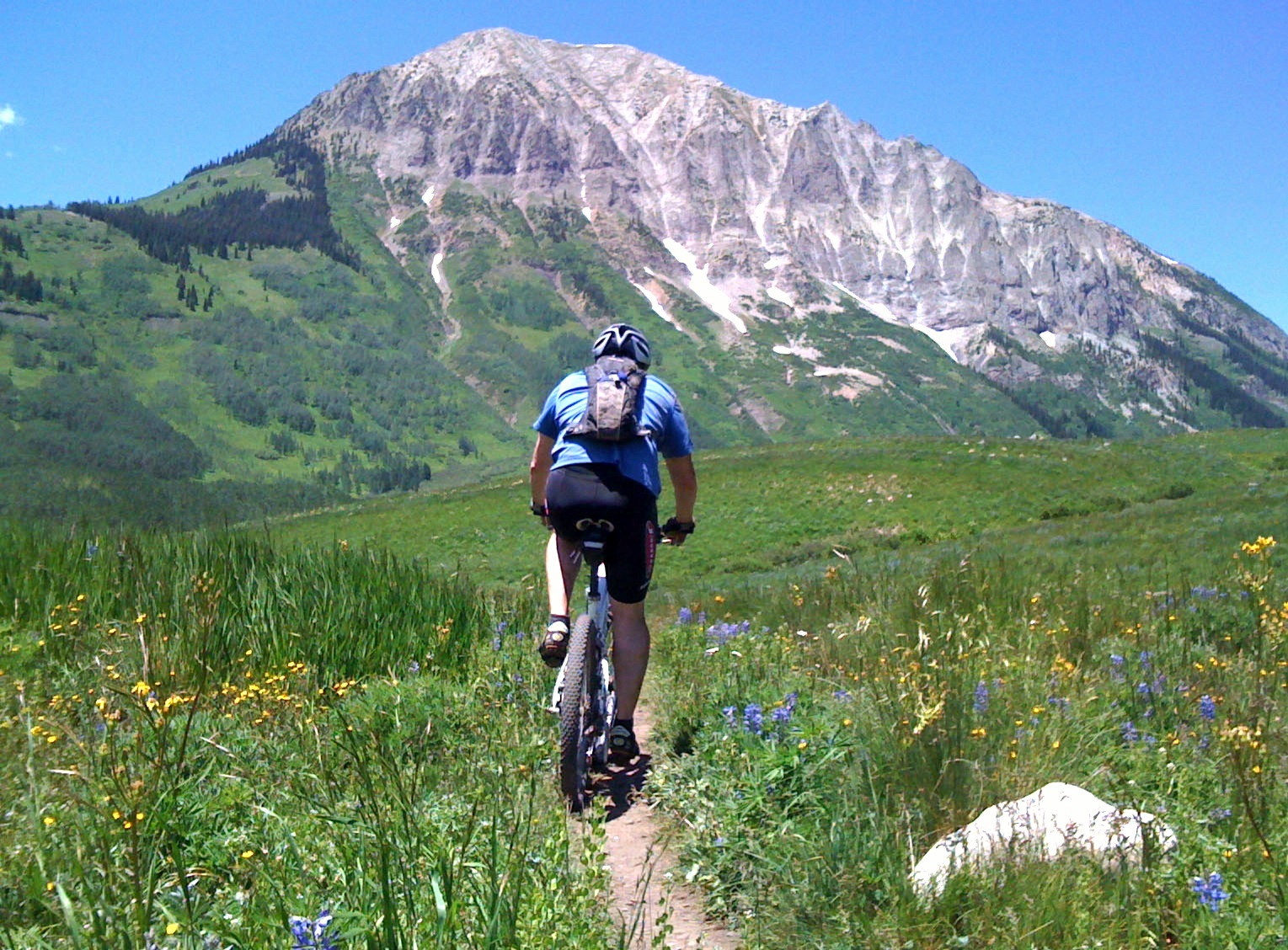Mountain_Biking_Deer_Creek_Trail,_Crested_Butte,_CO.jpg