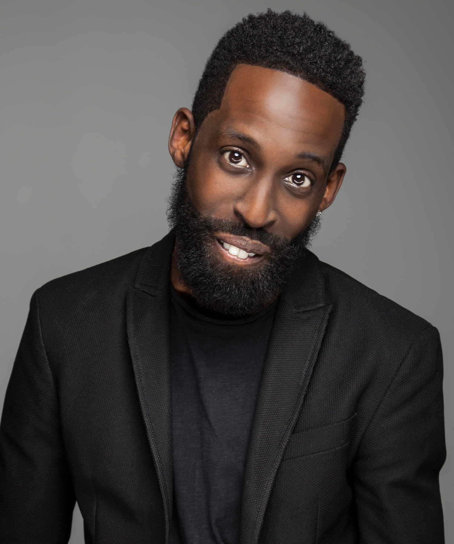 TYE TRIBBETT  Singer | Songwriter