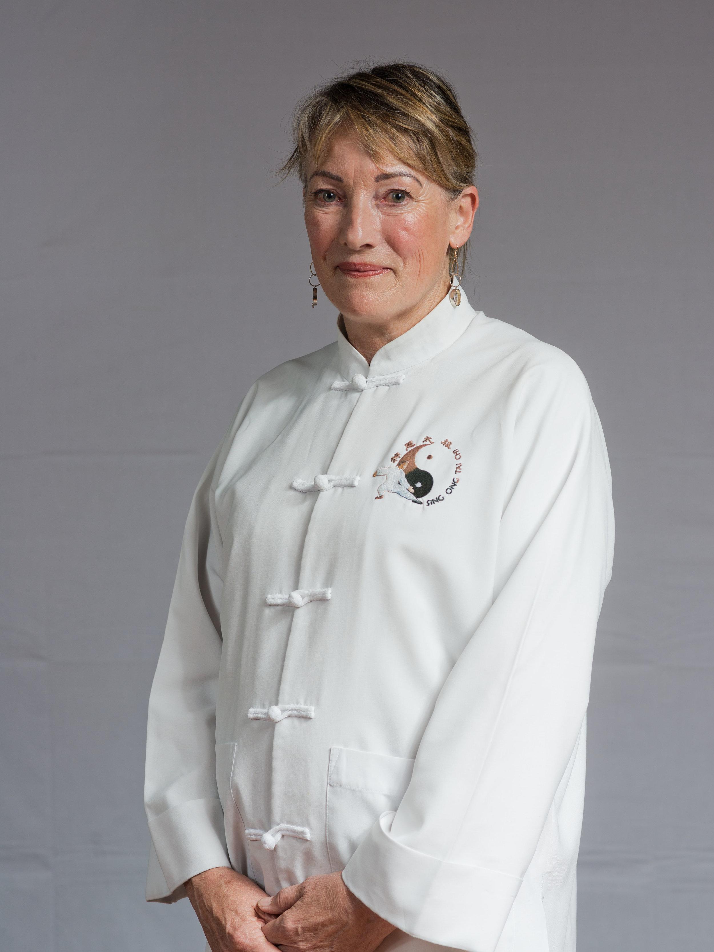 Tai Chi Instructor - Diane Ammar Laoshi