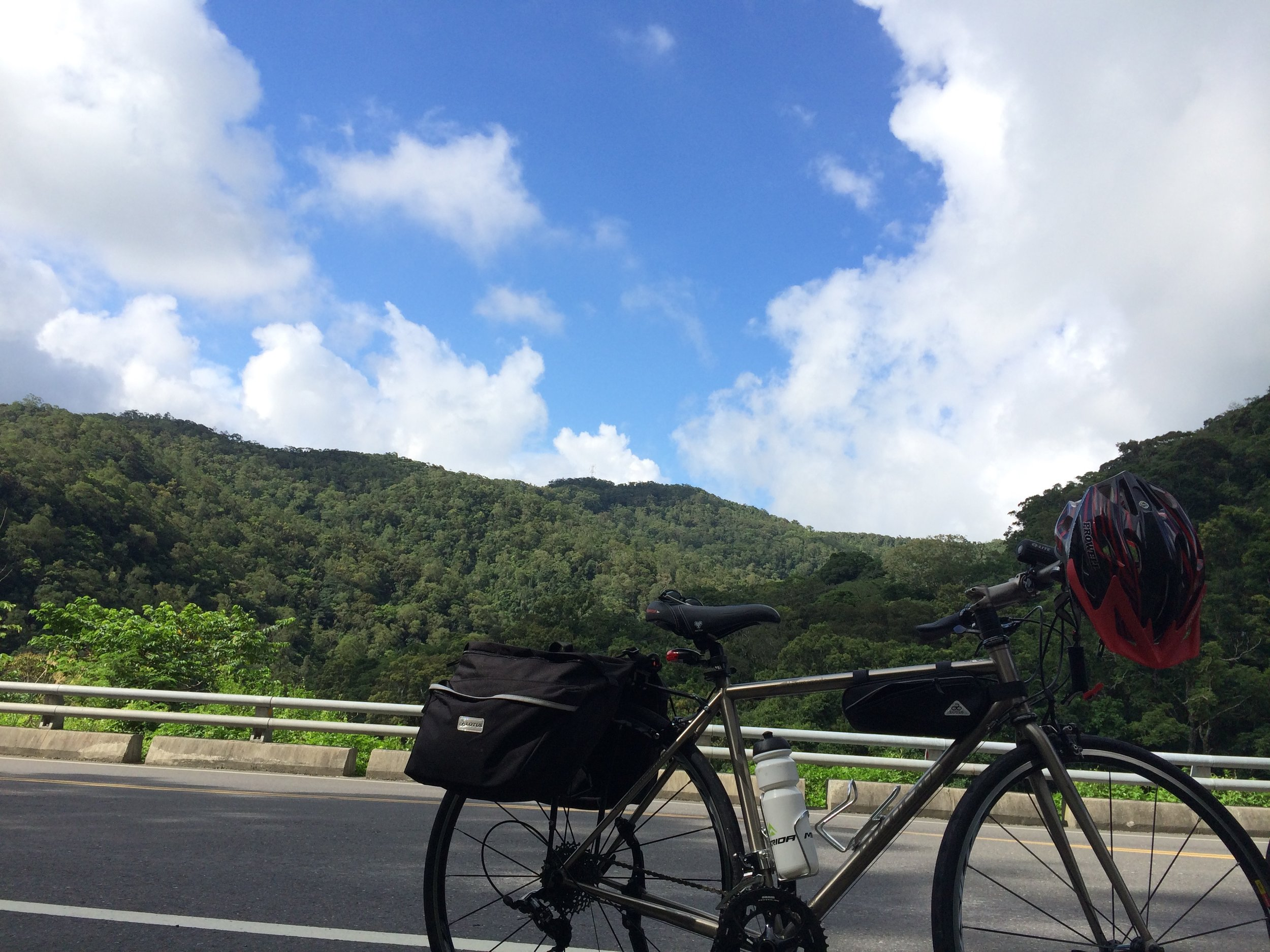 A brief stop at a highway path around Taitung County, Taiwan