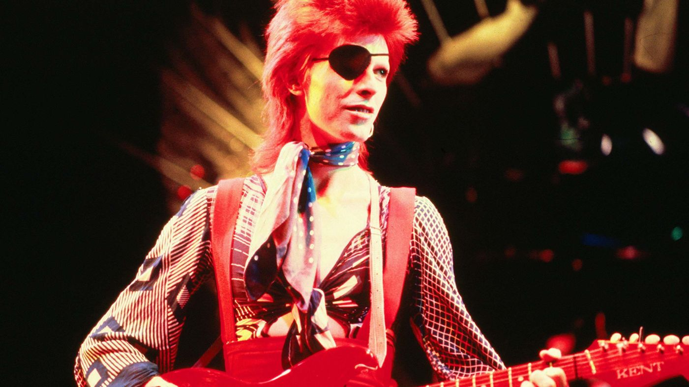 david-bowies-1974-gouster-album-is-finally-released-01.jpg