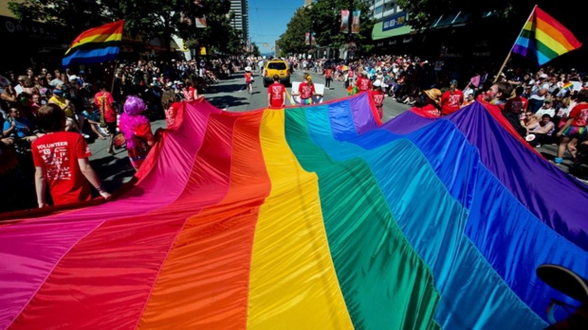 gayflag2.jpg
