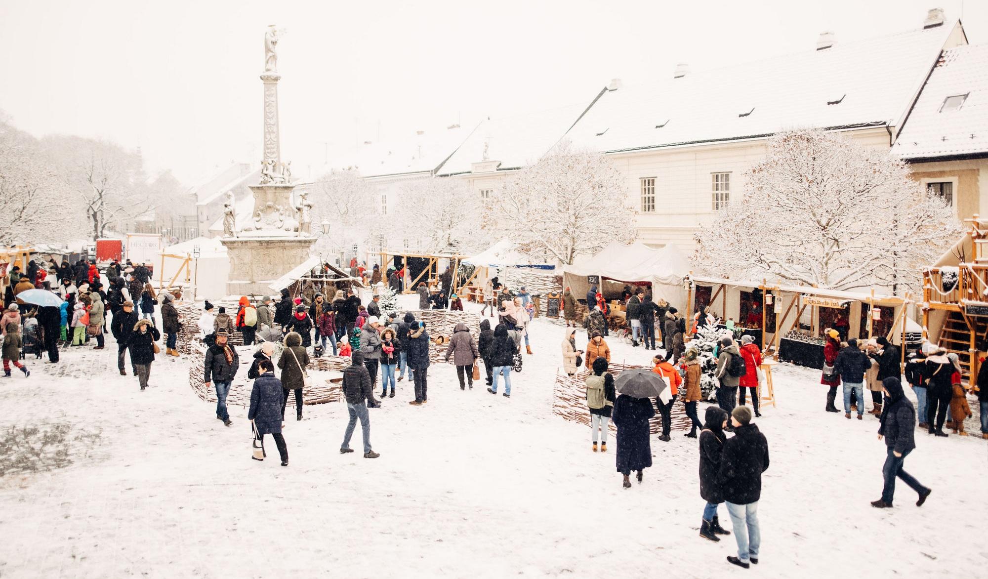 stredoveke-vianocne-trhy.jpg