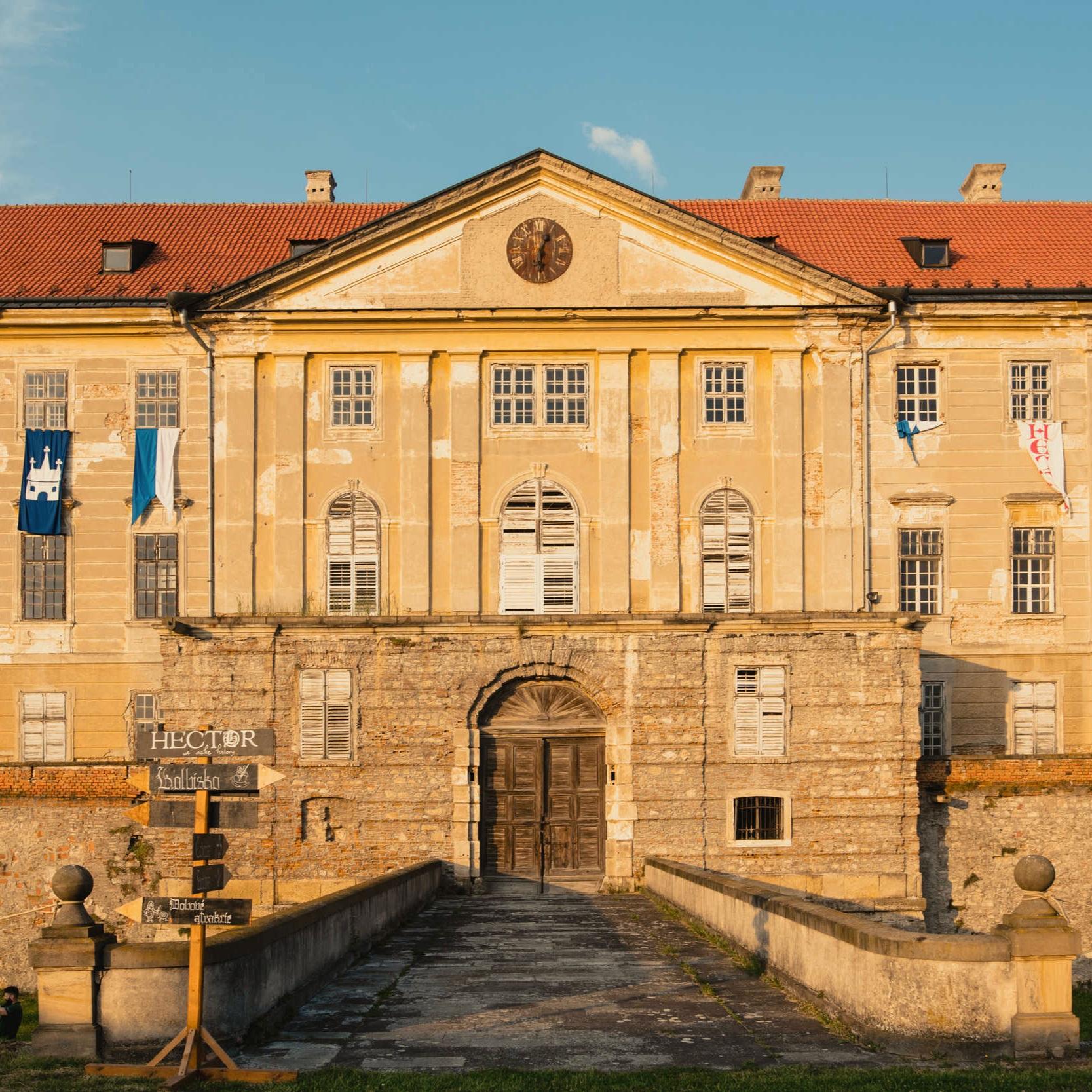 Historické festivaly - Spravíme vám historický festival! Využite naše skúsenosti z organizácie veľkých akcií, ako je rytiersky festival Rotenstein či Stredovek pod hradbami.