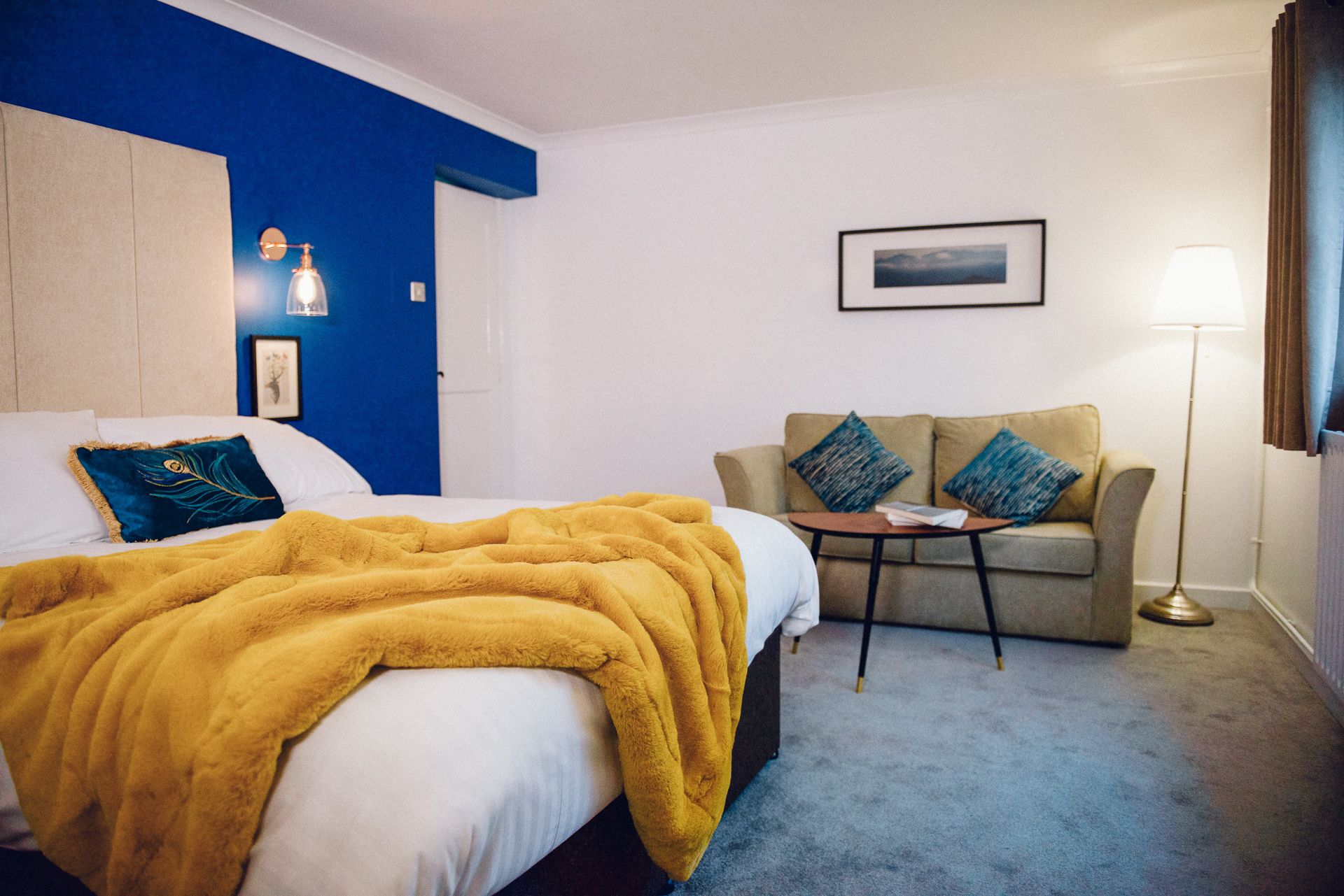 Deluxe Family Room - Sleeps : 41 extra-large double bed & 1 Sofa bed