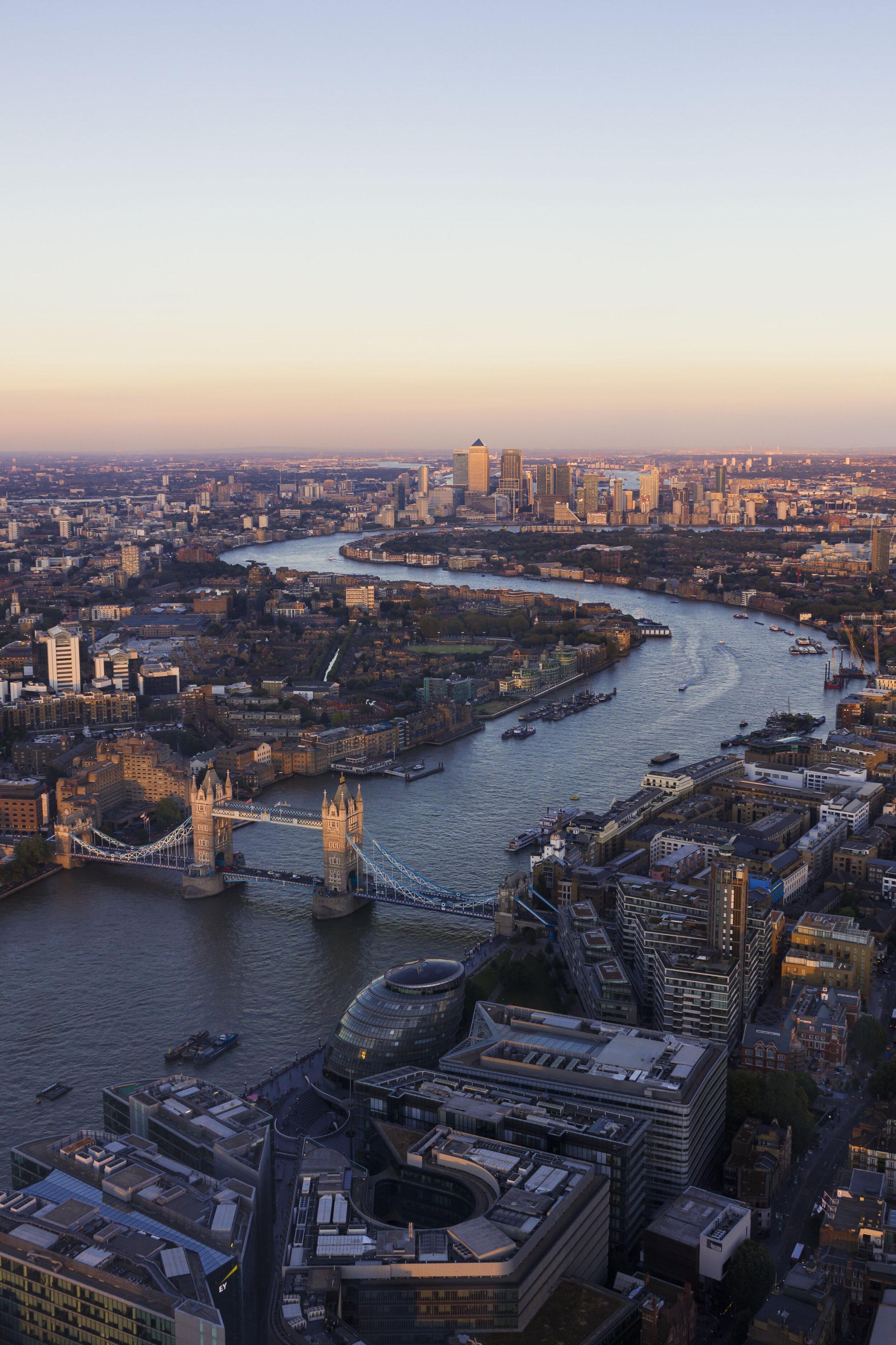 Tower_Bridge_at_Sunset_4.jpg