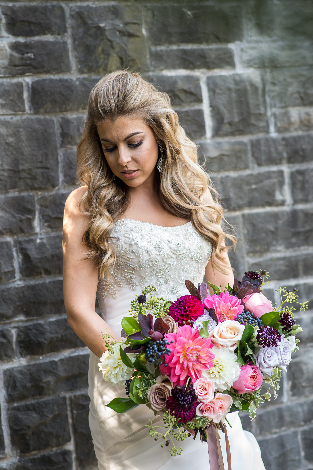 Blonde Bride Loose Curls.jpg